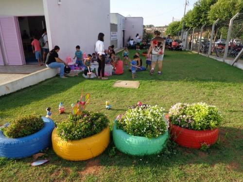 horta e jardim em pneus : horta e jardim em pneus:Prefeitura Municipal de Penápolis